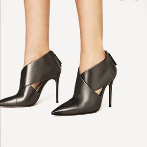 ZARA NWT High Heel Leather Ankle Boots